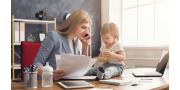 Чем занять себя в декретном отпуске: образование, заработок и отдых
